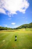 美好的绿色高尔夫球的横向 免版税库存照片