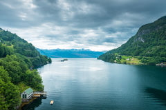 美好的自然Hardangerfjord风景挪威 免版税库存图片