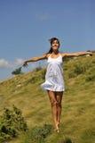 美好的芭蕾舞女演员跳舞本质上 免版税图库摄影