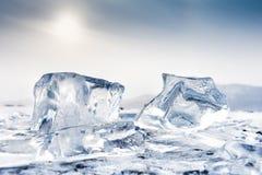 美好的蓝色冰柱 库存照片
