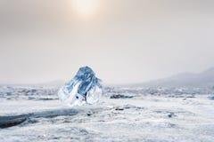 美好的蓝色冰柱 库存图片