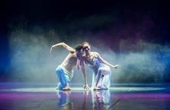 美好的言情中国古典舞蹈 图库摄影
