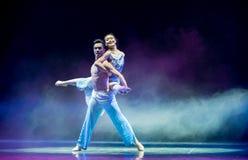 美好的言情中国古典舞蹈 库存图片