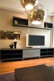 美好的设计内部居住的现代空间 免版税库存图片