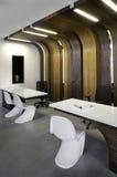 美好的设计内部现代办公室 库存照片