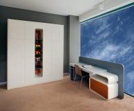 美好的设计内部现代空间年轻人 免版税库存照片