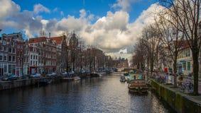 美好的运河视图在阿姆斯特丹 库存照片