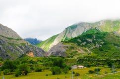 美好的风景在加利西亚山村 库存图片