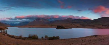 美好的风景夏天早晨山风景阿尔卑斯山南部在新西兰 鸟瞰图全景 最普遍的风景 图库摄影