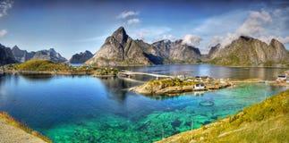 美好的风景,雷讷,全景, Lofoten 免版税库存图片