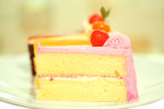 美好的鲜美巧克力蛋糕关闭 免版税库存图片
