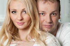 美好的年轻夫妇特写镜头画象  图库摄影