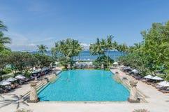 美好的水池视图在巴厘岛 库存图片