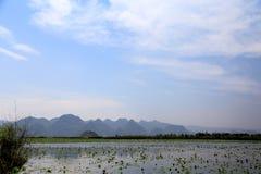 美好的lakeview在puzhehei县,云南,瓷 免版税库存照片
