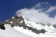 美好的Monch峰顶在少女峰地区 库存图片