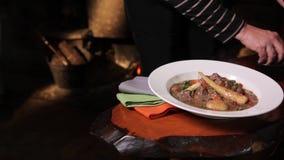 美妙地被镀的猪肉炖煮的食物 股票录像