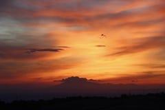 美妙的五颜六色的sunsetwonderful五颜六色的日落 免版税库存图片