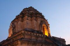 美妙的塔Wat Chedi Luang寺庙 库存照片
