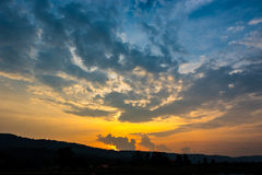 美妙的日落天空 免版税库存照片