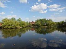 美妙的湖 免版税库存照片