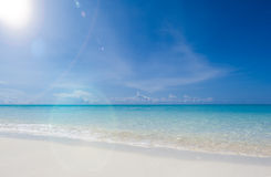 美妙的热带海岛天堂海滩 免版税库存图片