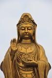 美妙Guan Yin的雕象 免版税库存图片
