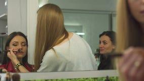 美容院的美丽的女孩 影视素材