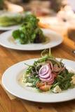美食的行沙拉 免版税库存图片