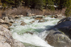 美洲杉国家公园- Kaweah河的大理石叉子 免版税库存图片