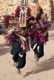 羚羊舞蹈dogon马里屏蔽 库存图片