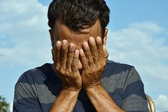 羞愧的哥伦比亚的男性 免版税库存图片