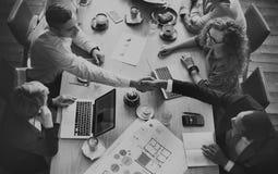 群策群力公司聪明的概念的分析事务 免版税库存照片