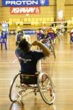 羽毛球被弄脏的轮椅 免版税库存图片