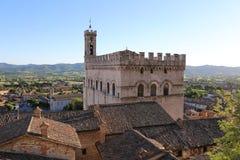 翁布里亚Palazzo dei的Consoli中世纪镇古比奥 免版税库存照片