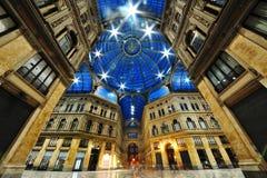 画廊翁贝托夜视图,那不勒斯,意大利 免版税库存图片