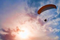 滑翔伞推进器 库存照片
