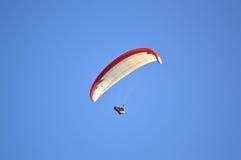 滑翔伞竞争者 免版税库存图片