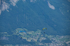 滑翔伞, 免版税图库摄影