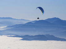 滑翔伞 库存图片