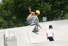 翻转溜冰板者的董事会 免版税库存照片