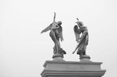 翼天使雕塑 免版税图库摄影