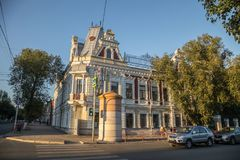 翼果,俄罗斯- 2016年8月07日:老翼果历史中心 历史大厦美好的建筑学  免版税库存照片