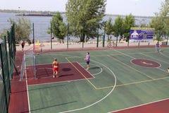 翼果,俄罗斯- 2014年8月23日:操场的pl陌生人 免版税库存图片
