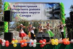翼果,俄罗斯- 2014年8月24日:演奏  库存照片