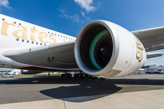 翼的细节和航空器-空中客车A380的涡轮风扇引擎联盟GP7000 免版税库存照片