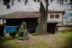 老Тraditional保加利亚房子在Koprivshtica,保加利亚 免版税库存图片