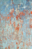 老与概略的纹理的难看的东西浅兰的背景 免版税库存照片