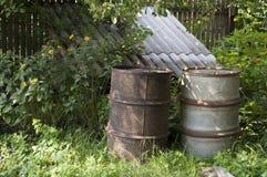 老与铁锈的铁备件对此 免版税库存照片