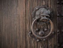老中国式狮子圆环响铃 图库摄影