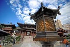 老中国灯立场 免版税库存照片